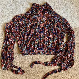 🧡 flouncy free people tie sleeve floral top